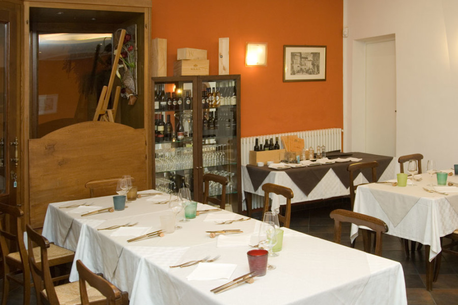 ristorante-osto-bruma-carmagnola-sala-2
