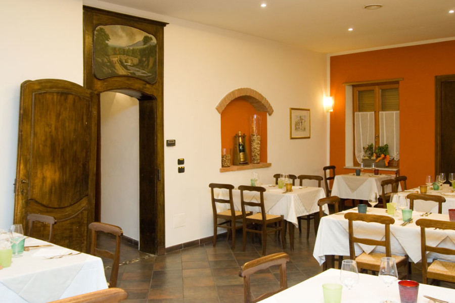 ristorante-osto-bruma-carmagnola-sala-3